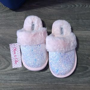 Other - Nwt girls size 2/3